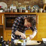 Jamie Oliver en la cocina