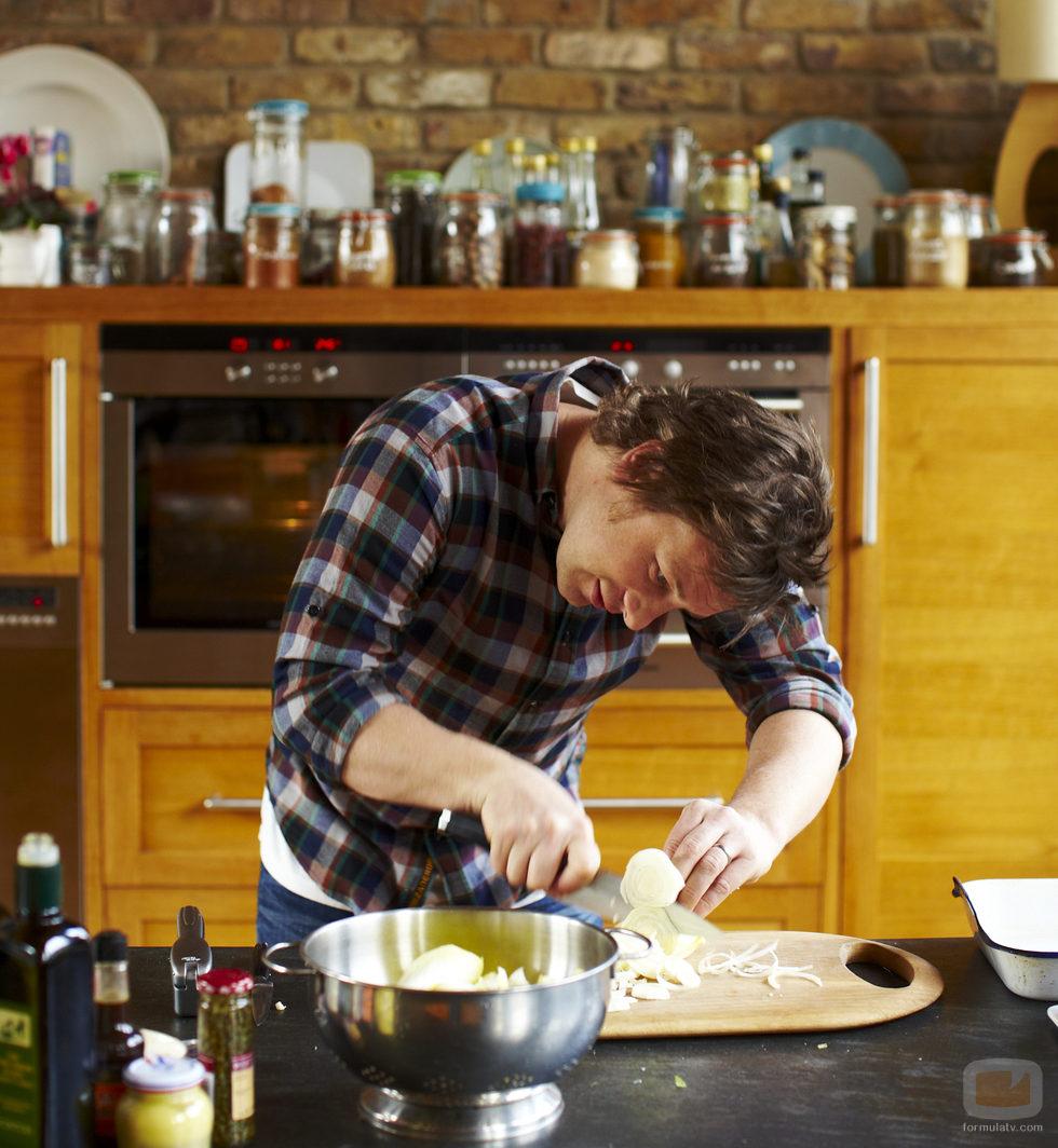 Jamie oliver en la cocina fotos formulatv for Cocina de jamie oliver