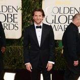 Bradley Cooper en la alfombra roja de los Globos de Oro 2013