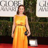 Alyssa Milano en la alfombra roja de los Globos de Oro 2013