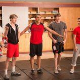 """Los chicos de 'Glee' se preparan para el calendario en """"Naked"""""""