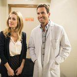 Carlota conoce a Jordi en el hospital