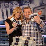 Ainhoa Arbizu y Alberto Chicote en 'Atrapa un millón'