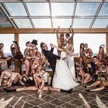 Soraya y Torito con 17 modelos luciendo sus cuerpos desnudos