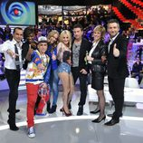 Frank Blanco y Mercedes Milá con exconcursantes del programa en 'Gran Hermano: El debate'