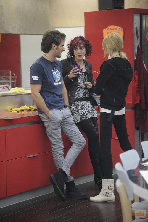 Edoardo, Leticia y Miriam juntos en la cuarta gala de 'Gran Hermano catorce'