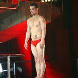 Gervasio Deferr, en bañador a punto de saltar del trampolín de 'Splash! Famosos al agua'