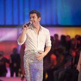 Arturo Valls presenta 'Splash' Famosos al agua' vestido de sirena