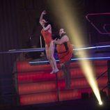 Salto de Toñi Salazar y Falete en 'Splash! Famosos al agua'