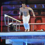 Jesús Vázquez saltando desde el trampolín de '¡Mira quién salta!'