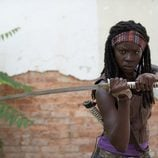 Michonne (Danai Gurira) , en la tercera temporada de 'The Walking Dead'