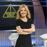 Cayetana Guillén Cuervo posando en el plató de '¡Atención Obras!'