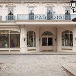 La fachada de 'Galerías Paradise'