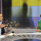 Iker Jiménez y Ana Rosa Quintana en el plató de 'Al otro lado'