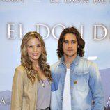 Alba Rivas y Pablo Escudero, personajes de 'El don de Alba'
