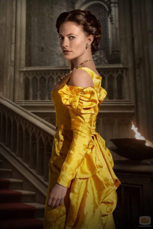 Lara Pulver interpreta a Clarice Orsini