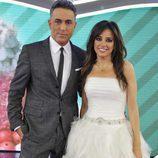 Kiko Hernández y Carmen Alcayde, presentadores de 'Las bodas de Sálvame'