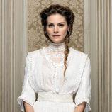 Amaia Salamanca es Alicia Alarcón en 'Gran Hotel'