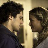 Alba y Pablo juntos en el tecer capítulo de 'El don de Alba'