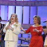 María Teresa Campos canta junto a sus invitados