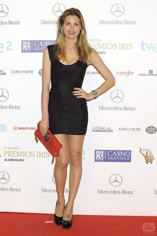 Amaia Salamanca en la alfombra roja de los Premios Iris 2013