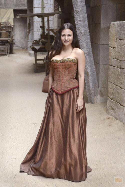 Elisa Mouliaá es Irena en la quinta temporada de 'Águila Roja'
