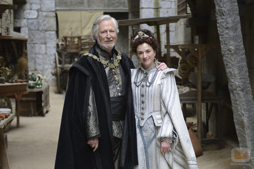 Xavier Elorriaga es el Rey en la quinta temporada de 'Águila Roja'