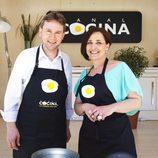 Javier Lacalle y Begoña Tormo en 'Hoy cocina el alcalde'