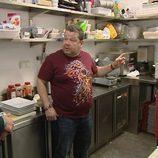 Alberto Chicote analiza el primer restaurante de la segunda temporada de 'Pesadilla en la cocina'