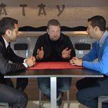 Alberto Chicote analiza el Katay junto a sus dueños