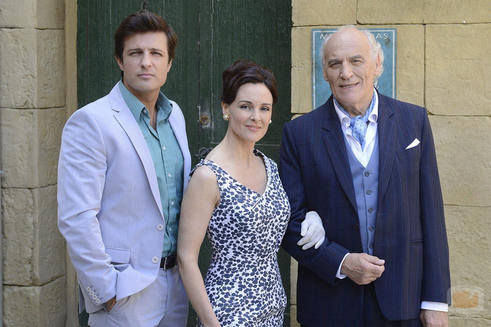 Jesús Olmedo, Silvia Marsó y Manuel de Blas son los Miranda en 'Gran Reserva. El origen'