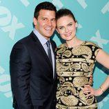 David Boreanaz y Emily Deschanel ('Bones') en los Upfronts 2013 de Fox