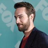 Tom Mison presenta 'Sleepy Hollow' en los Upfronts 2013 de Fox
