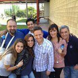Carlos Latre con los participantes eliminados de 'MasterChef'