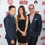 Michael C. Hall, Jennifer Carpenter y David Nevins en la presentación de la última temporada de 'Dexter'