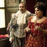 Carlos Areces y Loles León son Jacobo y Sagrario en 'Águila Roja'