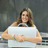 Susana abraza su maletín de ganadora de 'Gran Hermano catorce'