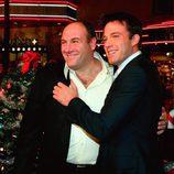 """James Gandolfini y Ben Affleck en la presentación de """"Sobreviviendo a la Navidad"""""""