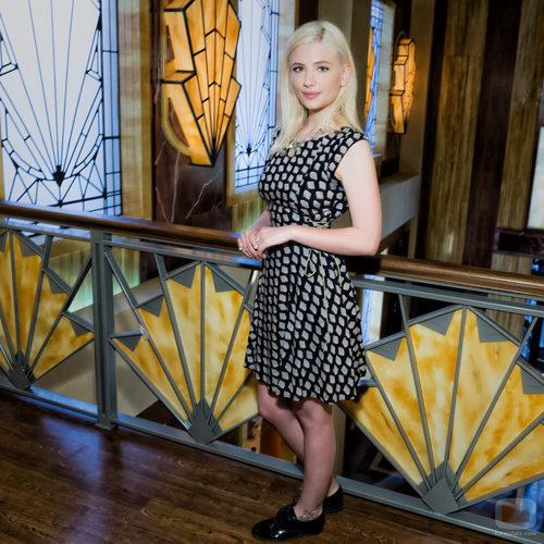 Miriam Giovanelli en el plató de 'Galerías Velvet'