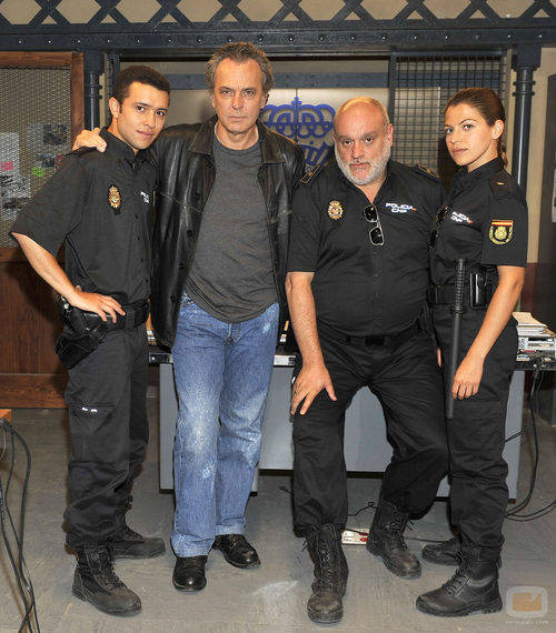 El cuerpo de policías de 'El príncipe' (Telecinco)