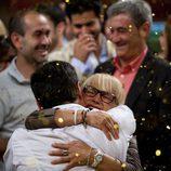 Juan Manuel celebra con Maribel su victoria en la final de 'MasterChef'