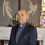 Resines es el padre Ángel en la nueva serie 'He visto un Ángel'