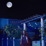 Meghan Ory es Caperucita Roja en 'Érase una vez'
