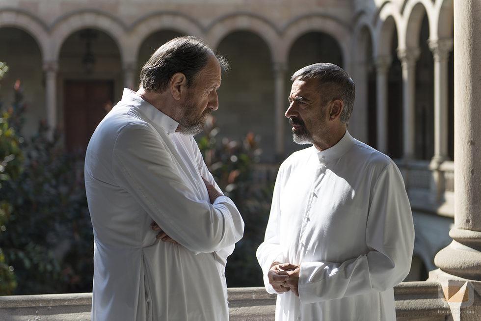 José María Pou e Imanol Arias en 'Vicente Ferrer'