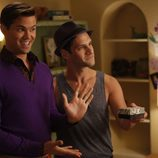 Andrew Rannells y Justin Bartha son pareja protagonista en 'The New Normal'