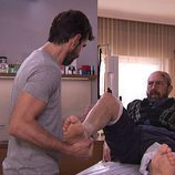 Pablo atiende a Ricardo en 'Frágiles'