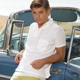 Garrett Clayton es Tanner en 'Teen Beach Movie'