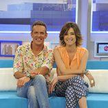 Sandra Barneda y Joaquín Prat, presentadores de 'El programa del verano'