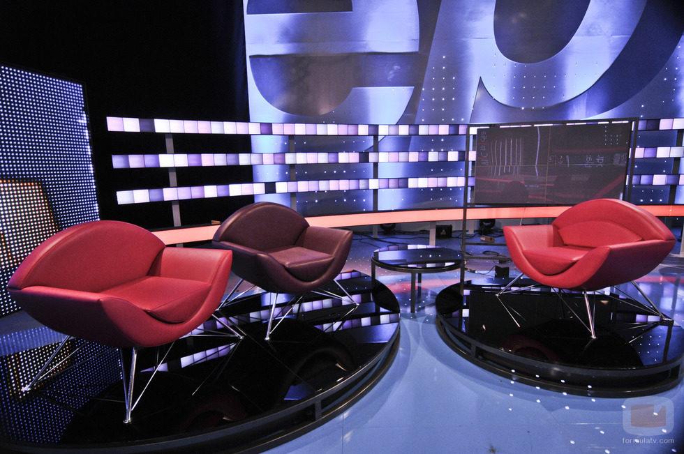 Sillones para las entrevistas en 39 espejo p blico 39 fotos formulatv - Sillones comodos para ver tv ...