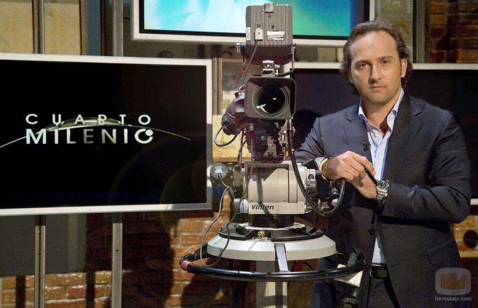 Iker jim nez presenta 39 cuarto milenio 39 fotos formulatv for Cuatro tv cuarto milenio